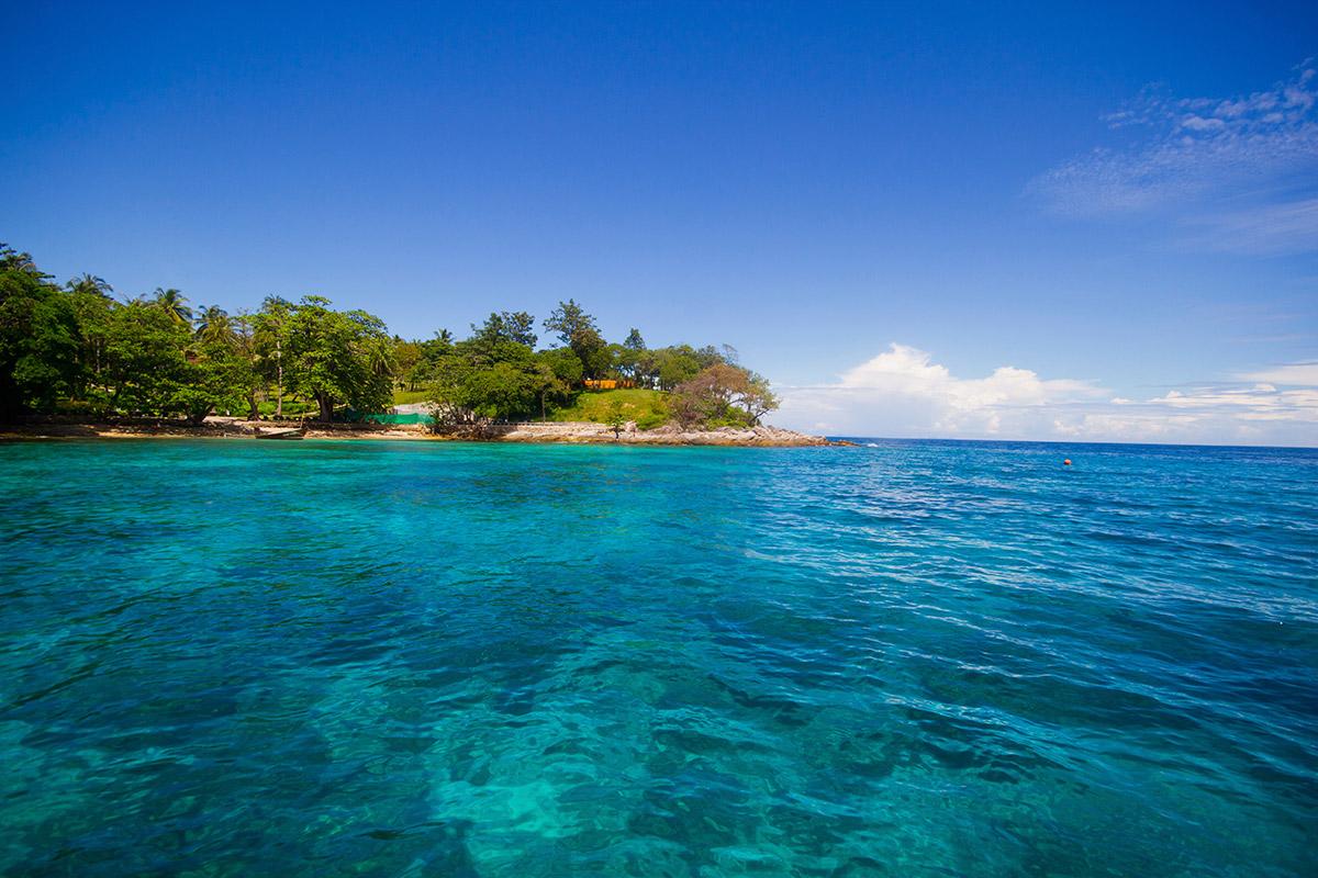 green-water-on-sea-Thailand---Maya