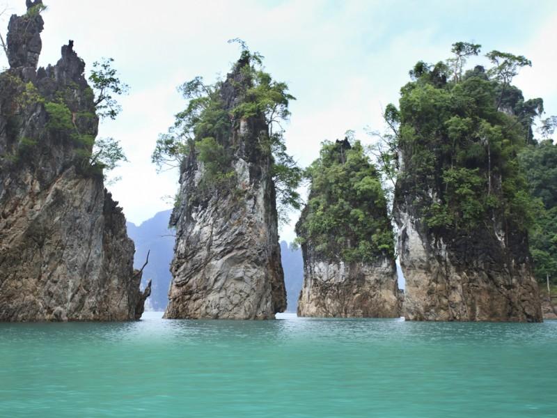 cheawlan lake